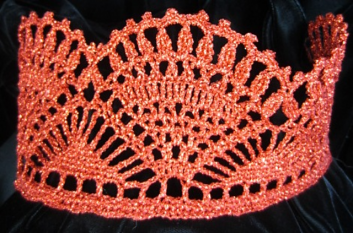 red crochet crown