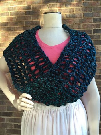 Meandering Pathway Cowl